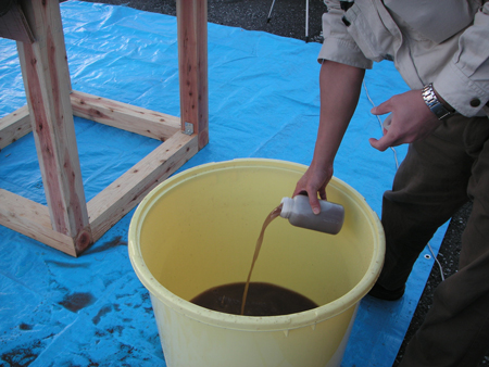 屋根の洗浄水